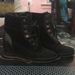 80/20 Black suede boots. Sz 8.5